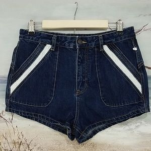 FREE PEOPLE HIGH RISE DENIM JEAN SHORTS SIZE 30